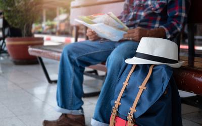 Чемодан-вокзал: куда россияне хотят переехать на пенсии